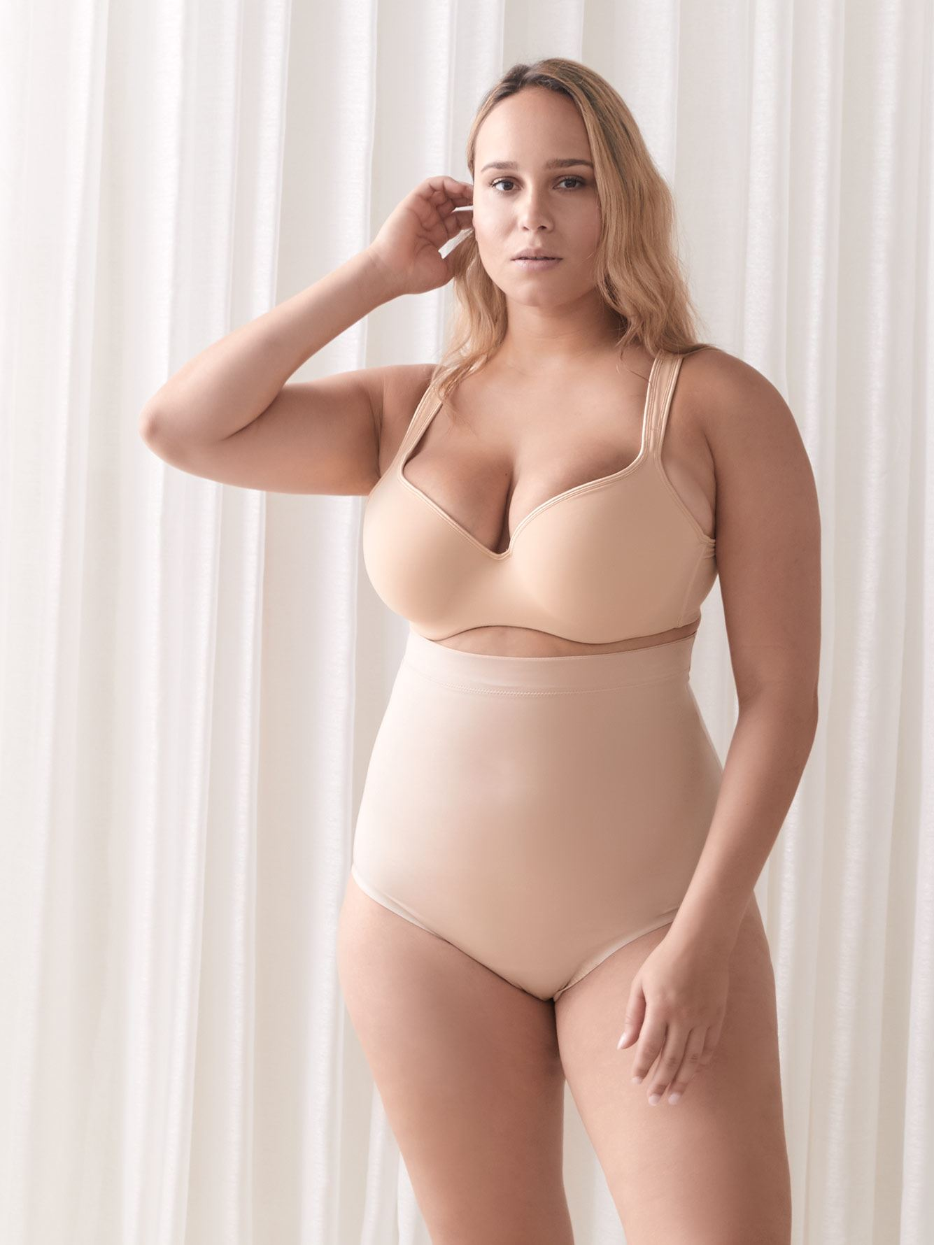 High Waisted Suit Your Fancy Shapewear Thong - Spanx