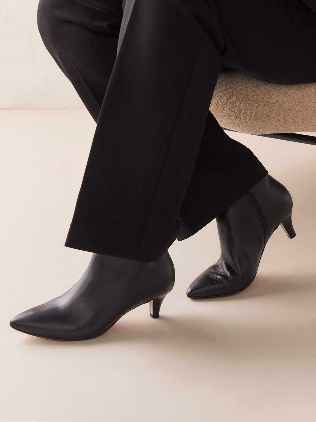 Wide Leather Linvale Sea Pointed Toe Bootie - Clarks