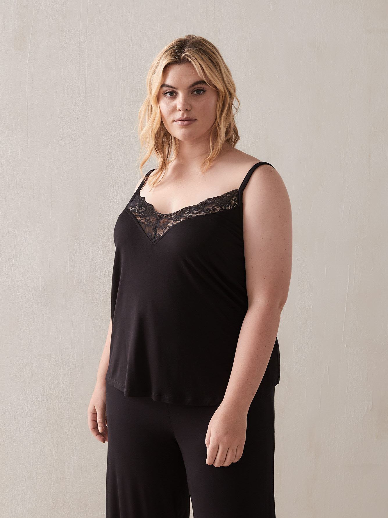 Sleep Cami with Lace Inserts - Déesse