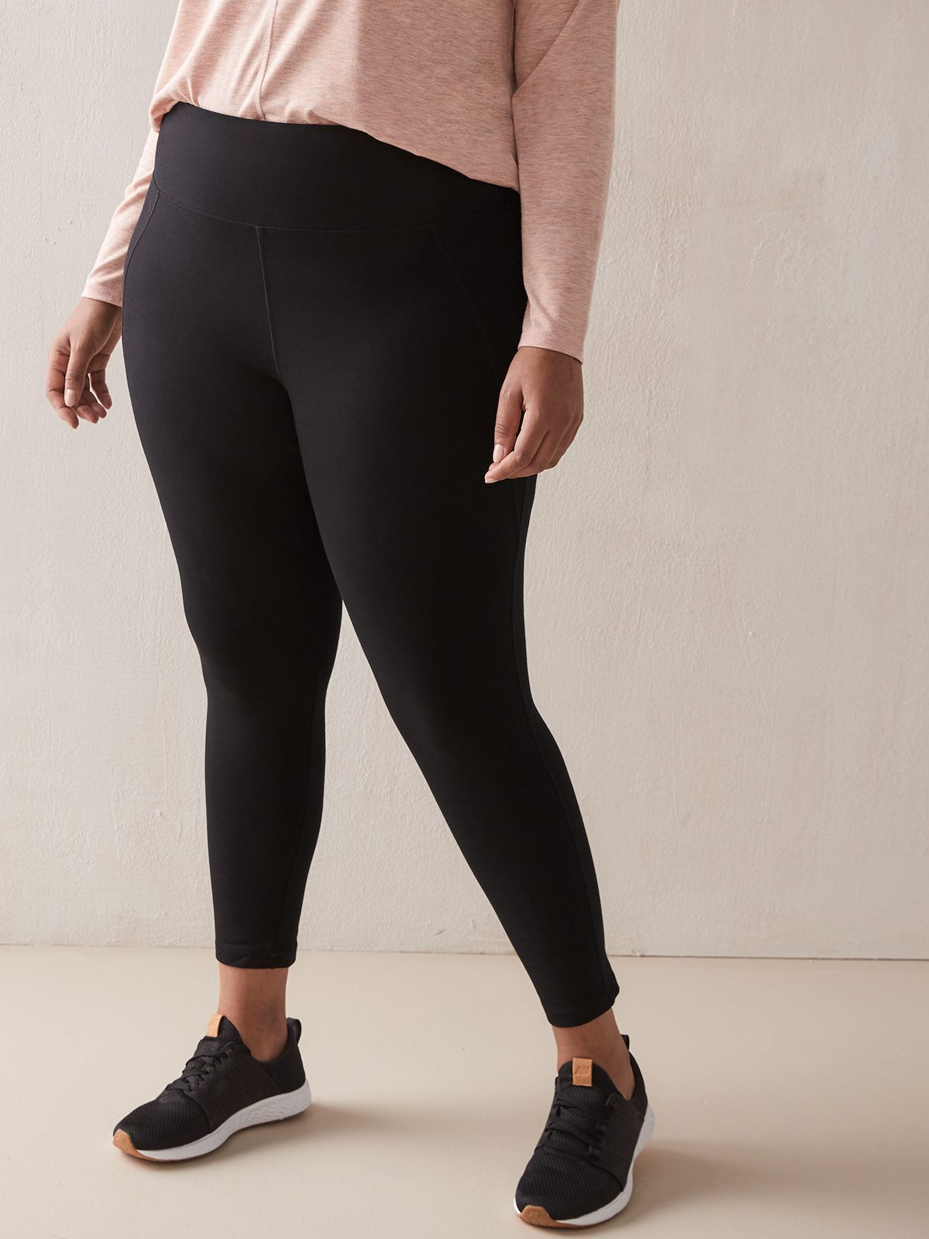Basic Black Legging - ActiveZone