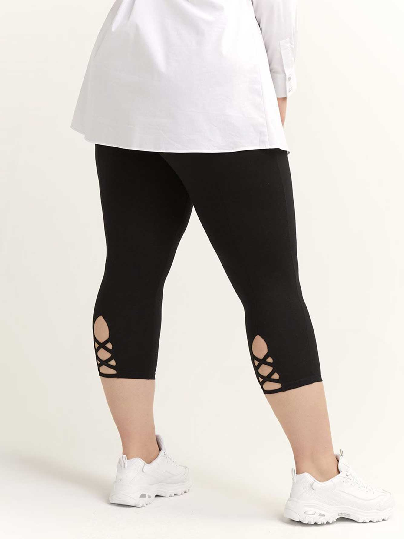 Capri Legging with Criss-Cross Detail