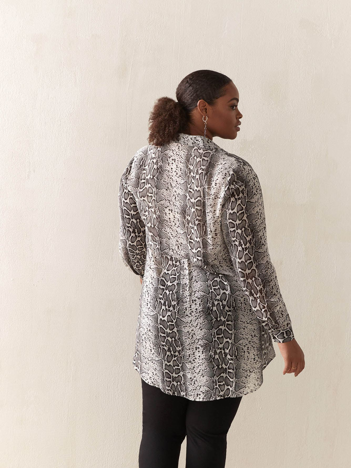 Long-Sleeve Woven Tunic - In Every Story