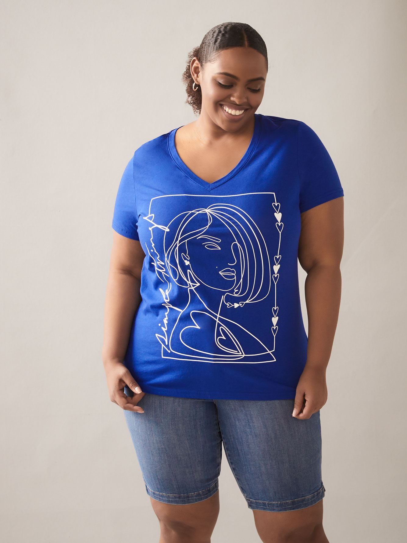 Graphic V-Neck Boyfriend T-Shirt - In Every Story