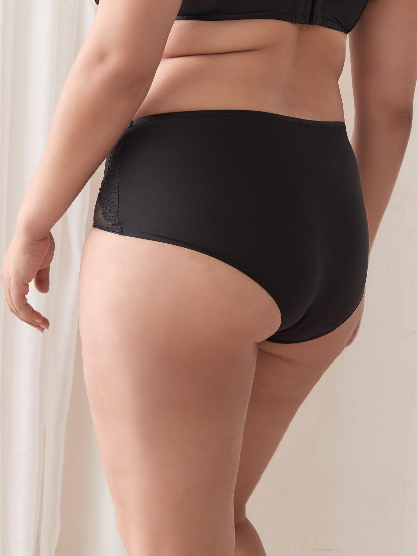 Pyramide Seamless Full Brief Panty - Chantelle