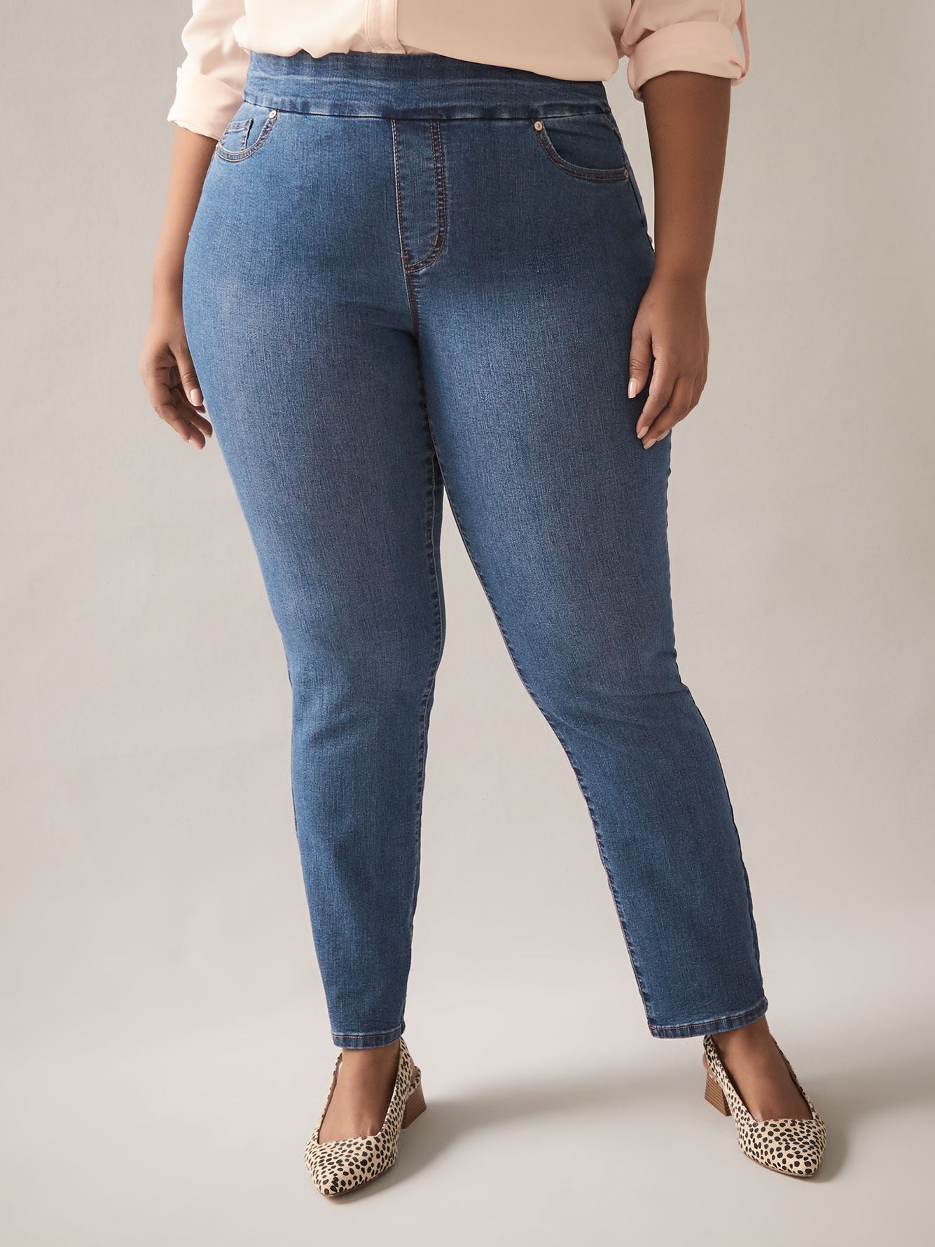Petite, Savvy Fit, Straight Leg Blue Jeans - In Every Story