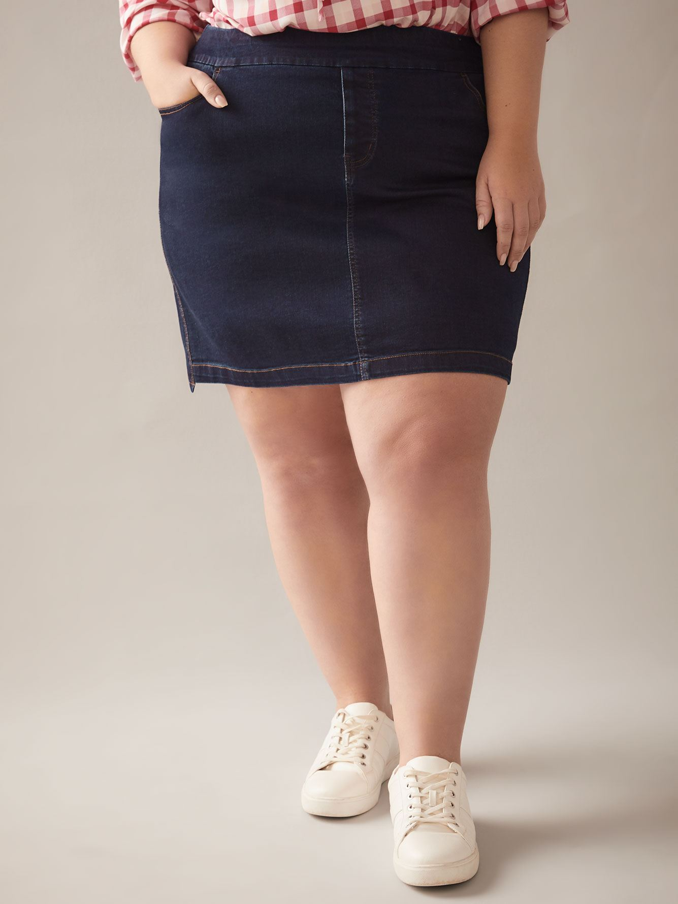 Jupe-short asymétrique en denim - In Every Story