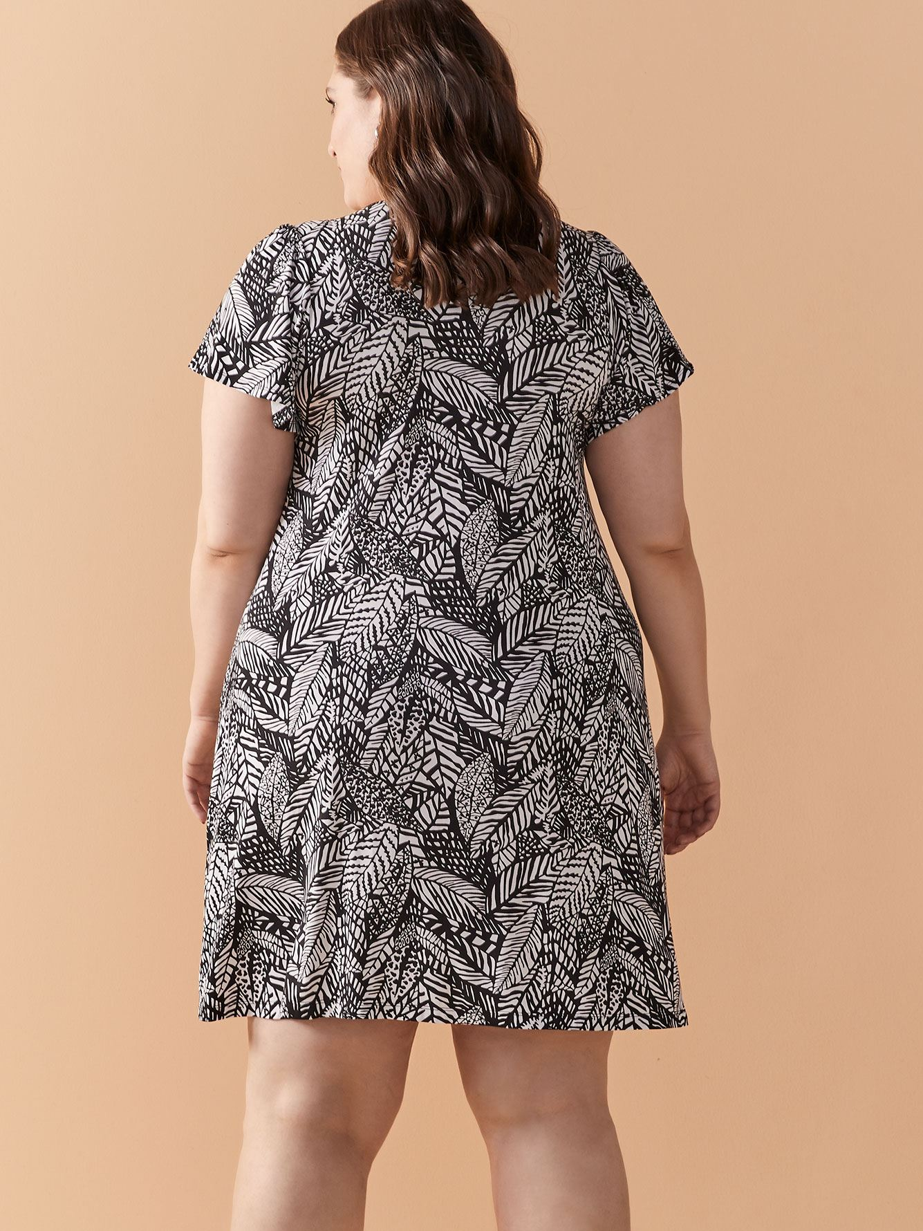 Printed Short Sleeve Dress - In Every Story