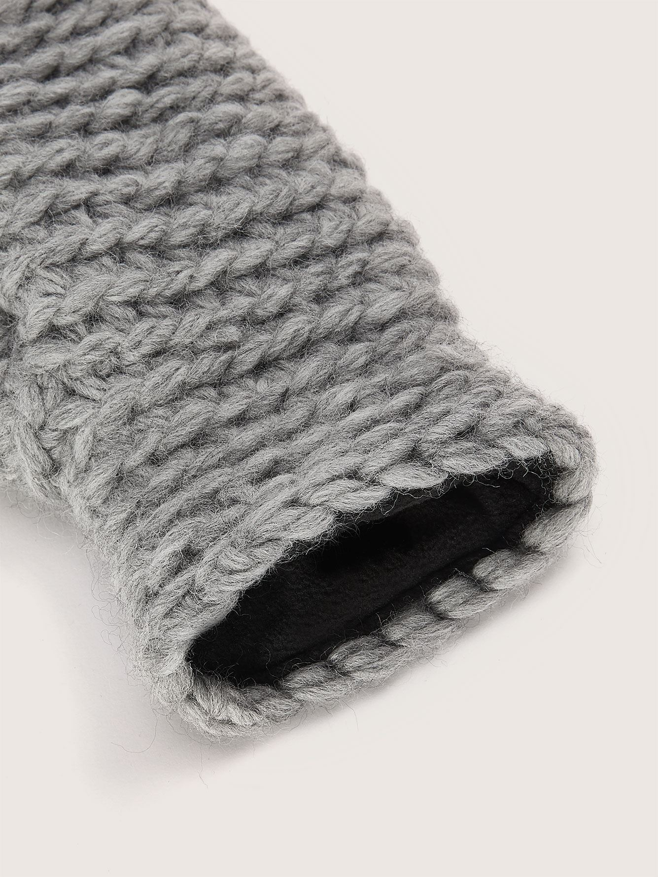 Hand-Knitted Wool Mittens - Gibou
