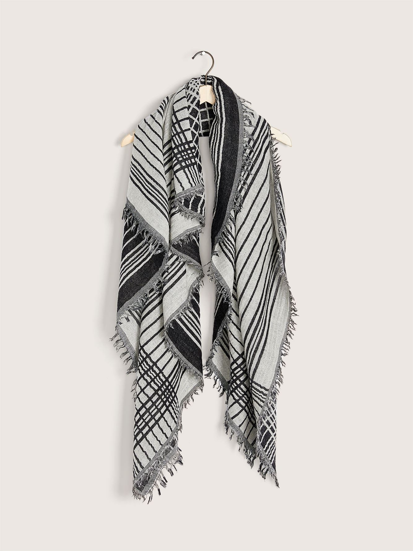 Reversible Fringe Scarf - Addition Elle