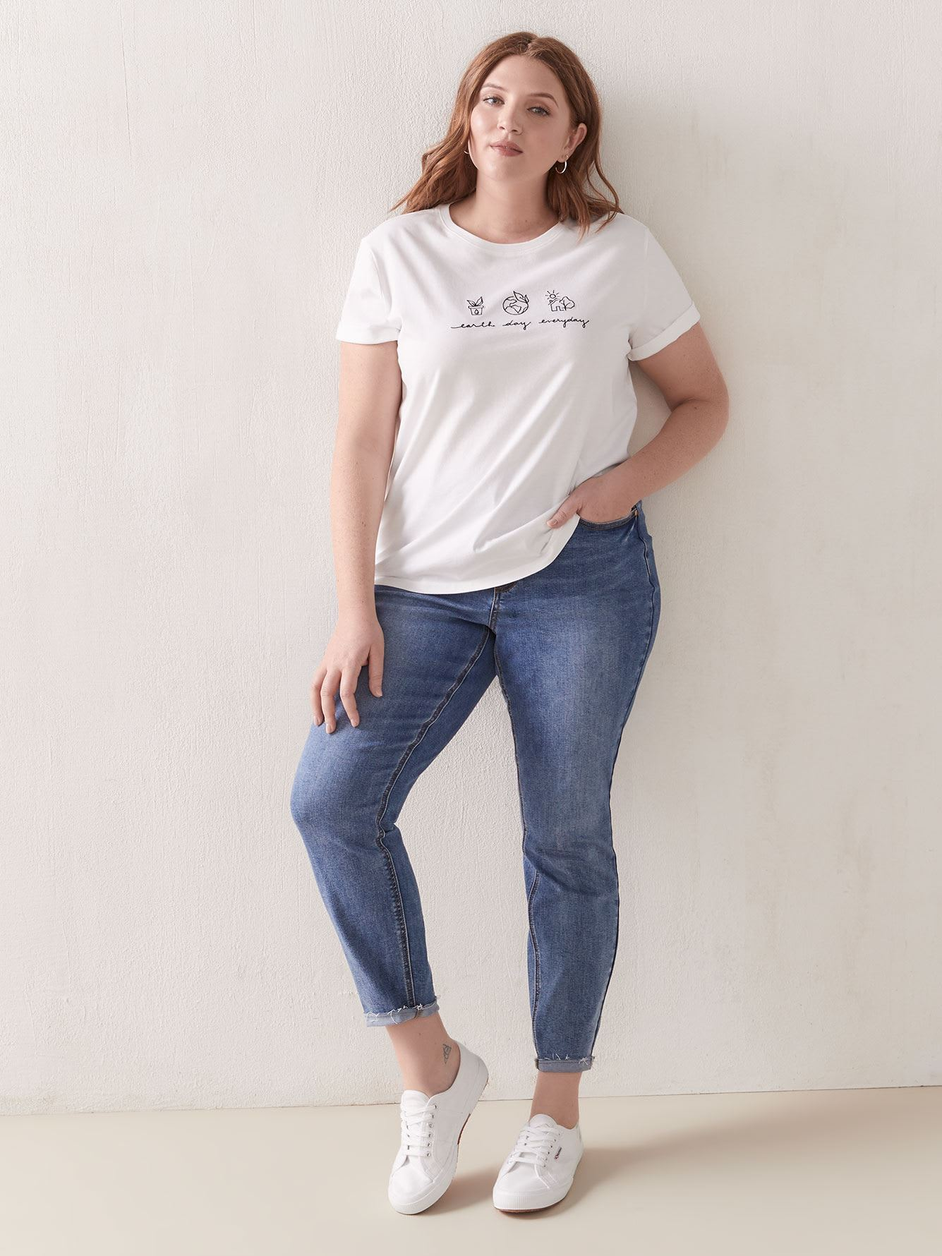 Embroidered Earth Day T-Shirt - Addition Elle