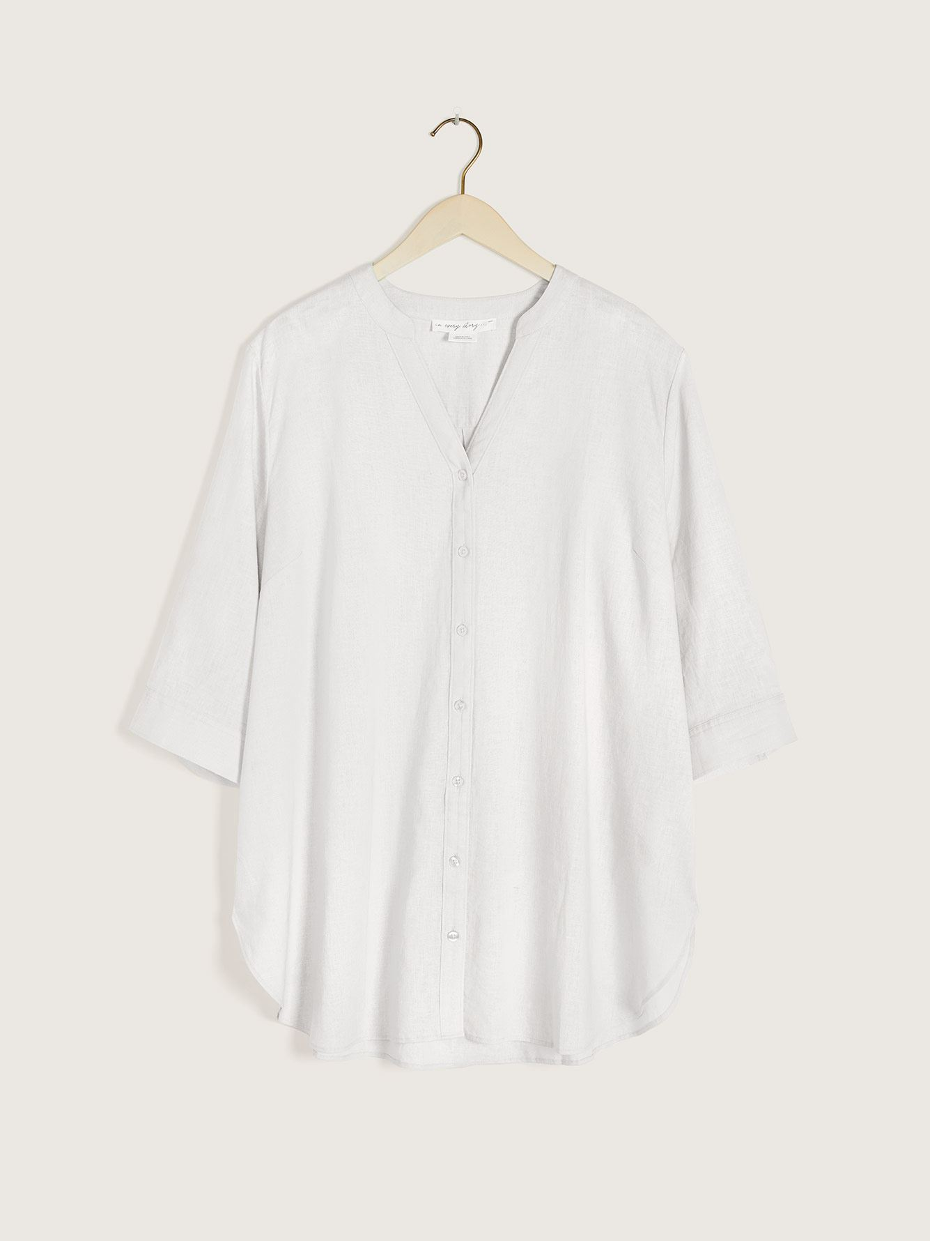Solid Button-Down 3/4 Sleeve Blouse - In Every Story