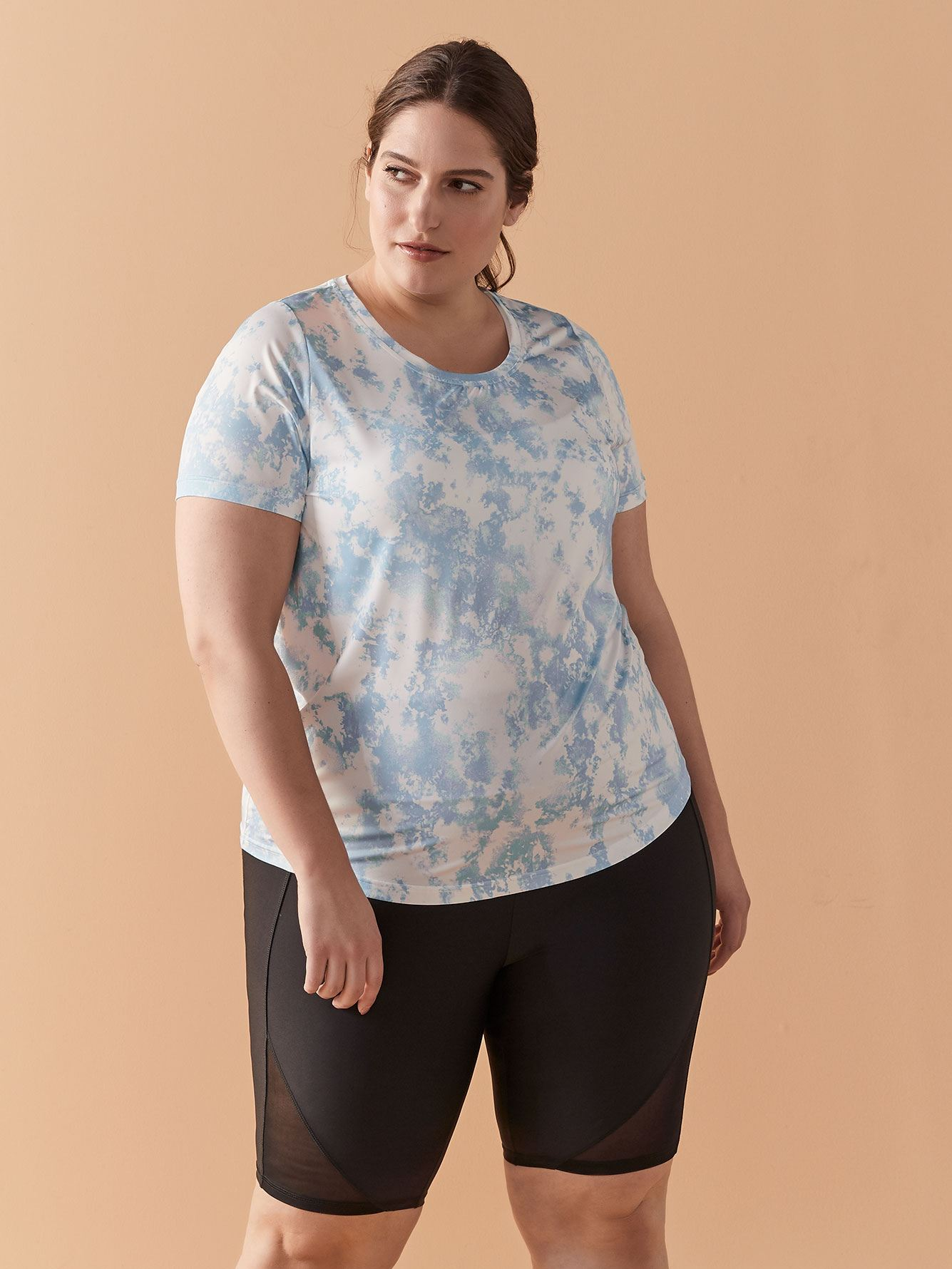 Tie-Dye T-Shirt with Keyhole - ActiveZone