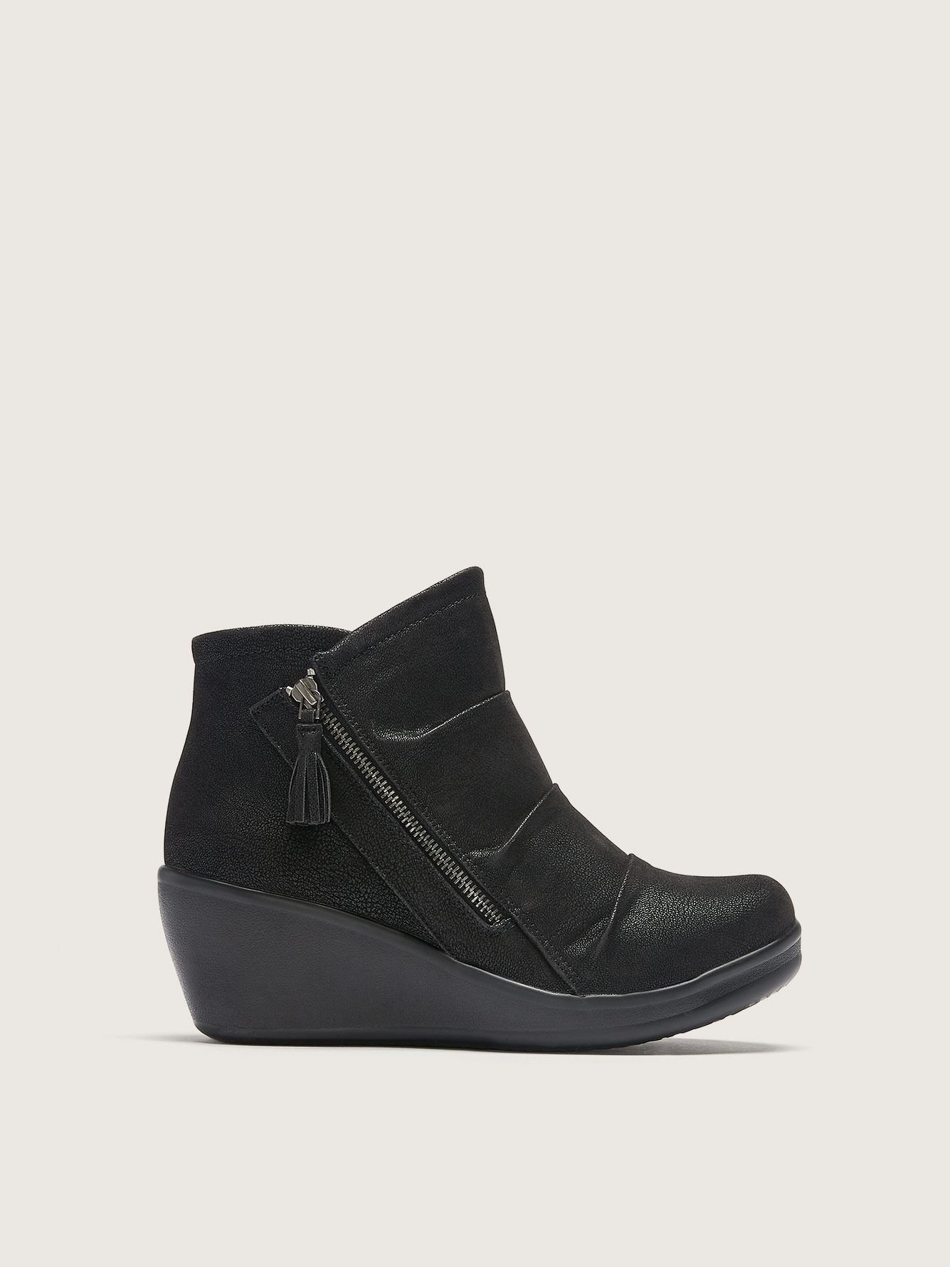 Wide Rumblers Ankle Bootie with Wedge Heel - Skechers