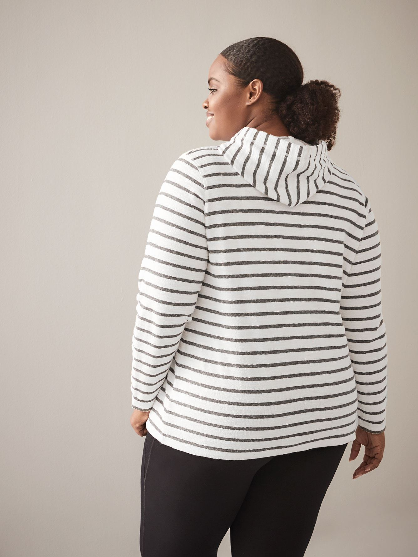 Striped Pull-Over Hoodie - ActiveZone