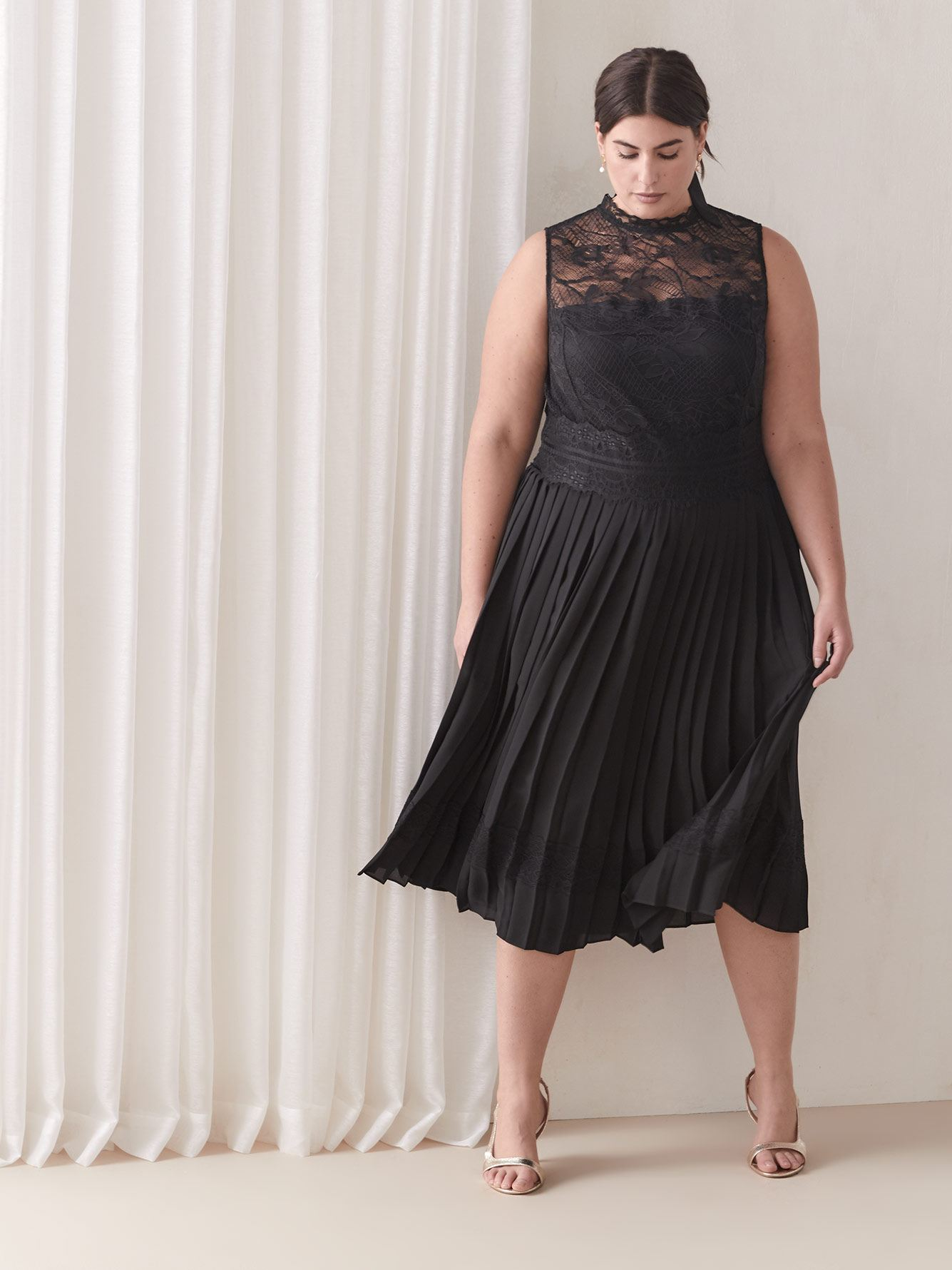 Black Lace & Pleat Dress - Addition Elle