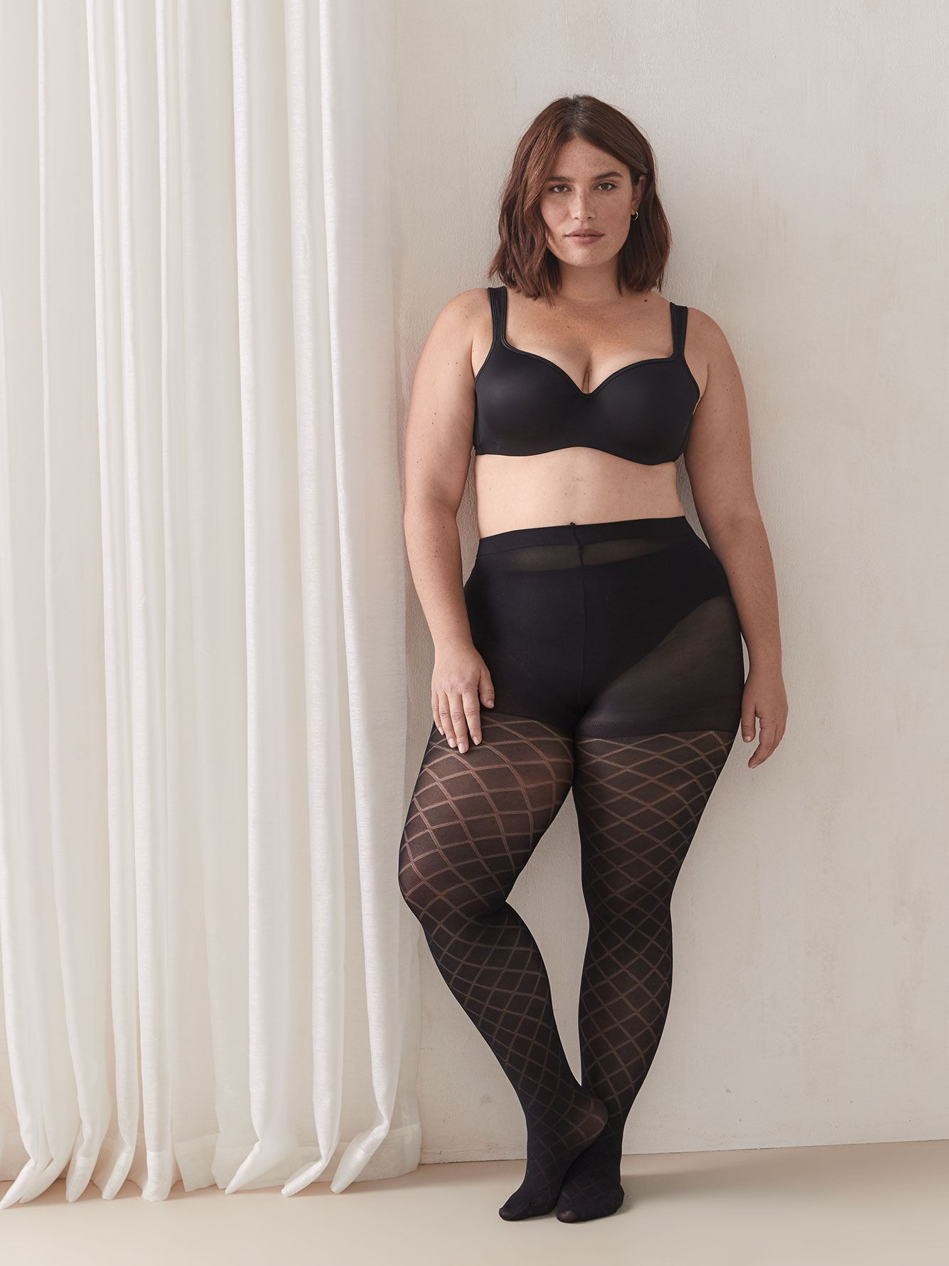 Diamond Pattern Fashion Tights - Addition Elle